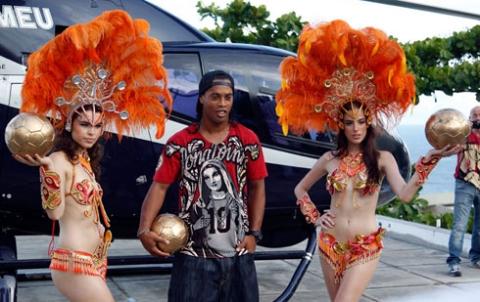 Ronaldinho soal selingkuhan dan seks sebelum bertanding berita brazilian football player ronaldinho me ronaldinhoo stopboris Choice Image