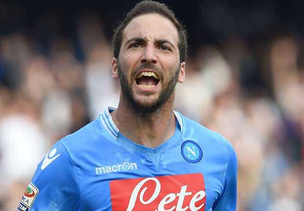 Gonzalo Higuain Akan Bawa Napoli Juara