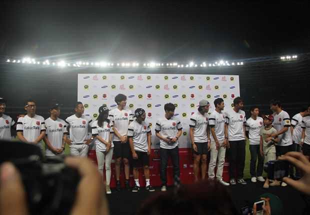 Indonesia All Star Menang Tipis Atas Ji Sung & Friends 3-2