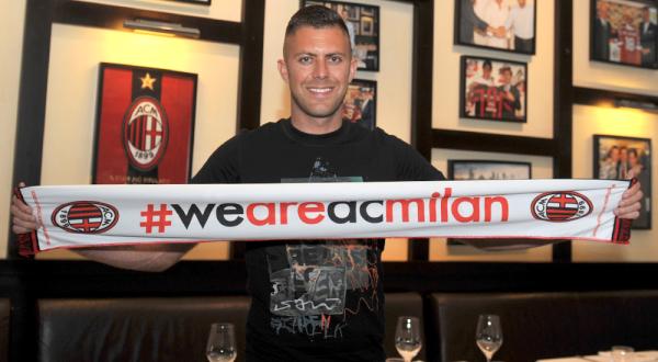 Menez Akan Segera Lakoni Tes Medis di AC Milan