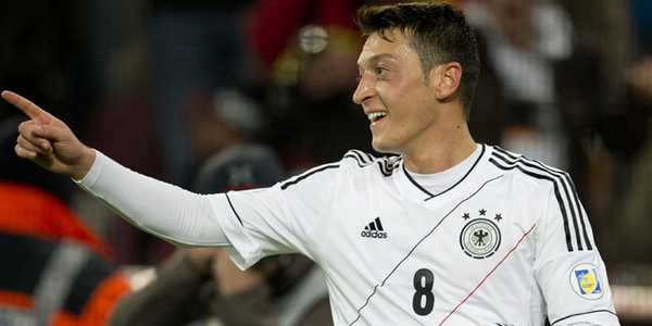 Semua Tim Ingin Menghindari Jerman Ucap Oezil