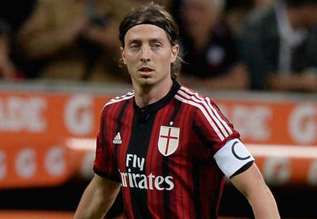 AC Milan Targetkan Tiket Liga Champions