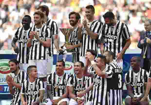 Juventus & Barcelona Kenakan Jersey Kebanggaan Di Partai Final