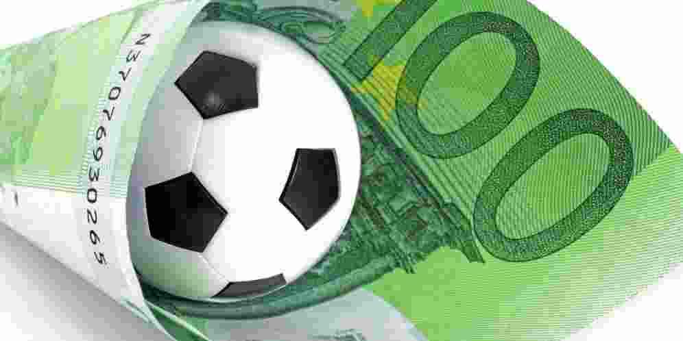 Gelimang Ratusan Juta di Suap Sepakbola Indonesia