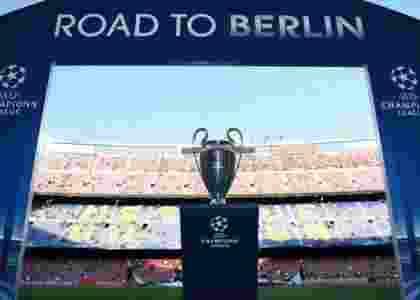UEFA Akan Menaikkan Hadiah Liga Champion 2016