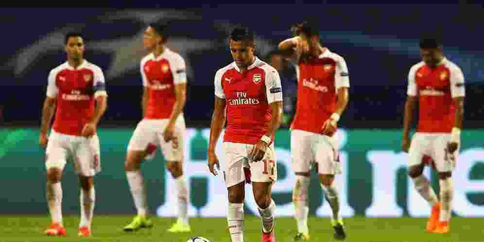 Judi-Online-Liga-Inggris-Arsenal-vs-Manchester-United-4-Oktober-2015.jpg