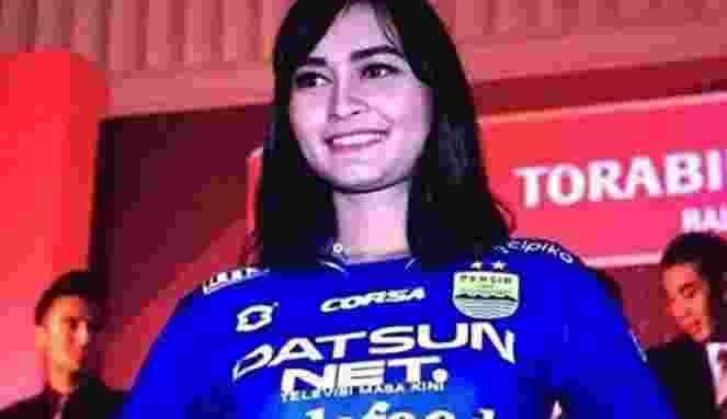 Kostum Baru Persib Bandung di TSC 2016 Masih Misterius