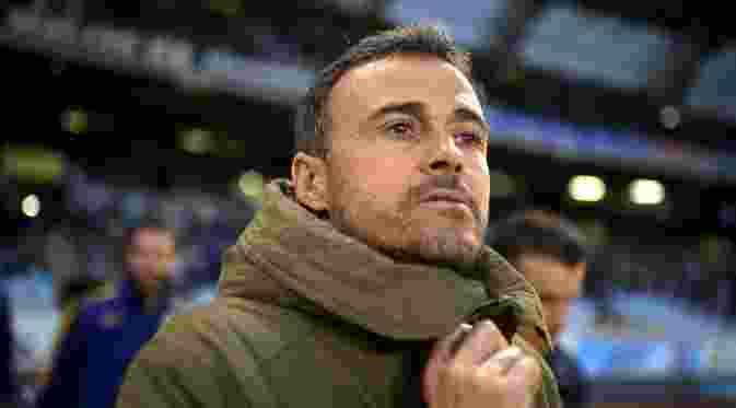 Gara-Gara Pique, Luis Enrique Hengkang dari Barcelona