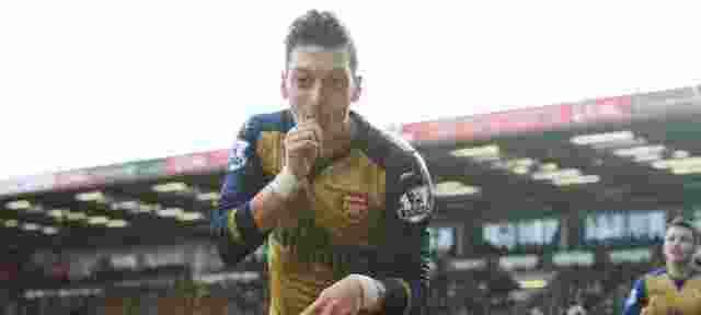 Mesut Ozil Inginkan Jersey Nomor 10 Arsenal