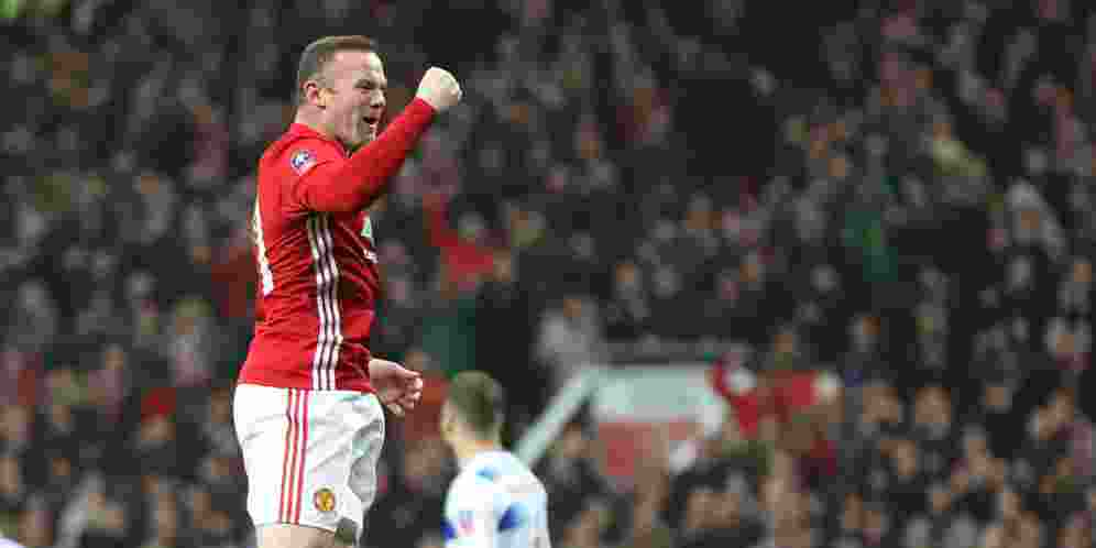 wayne-rooney-samai-catatan-gol-legenda-mu-sir-bobby-charlton