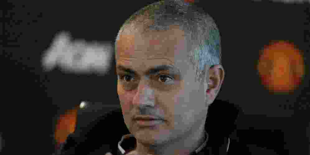Jose Mourinho Mengeluh Banyaknya TIm Defensif di Liga Inggris