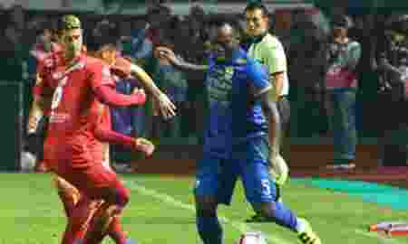Ini Peraturan bagi Pemain Asing yang Akan Bergabung di Klub Indonesia