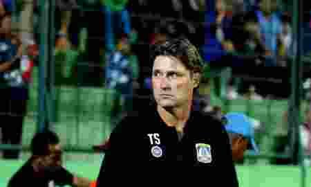 Liga 1 Indonesia Lebih Kejam Daripada Premier League