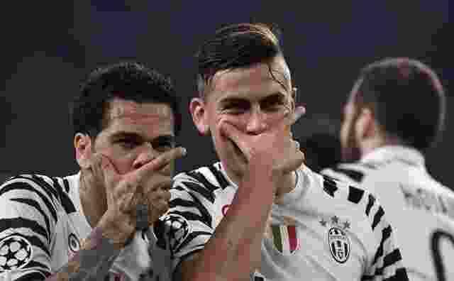Dani Alves Ajak Paulo Dybala Agar Gabung Manchester City