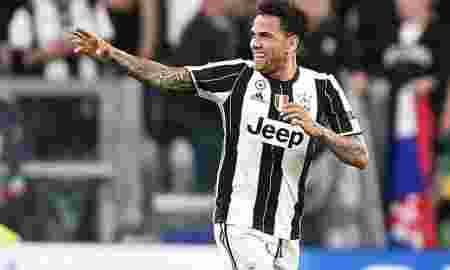 Dani Alves Resmi Akhiri Karir di Juventus