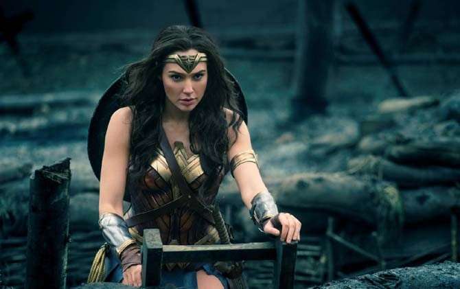 Gal Gadot, Wonder Women yang Fans Berat Barcelona2