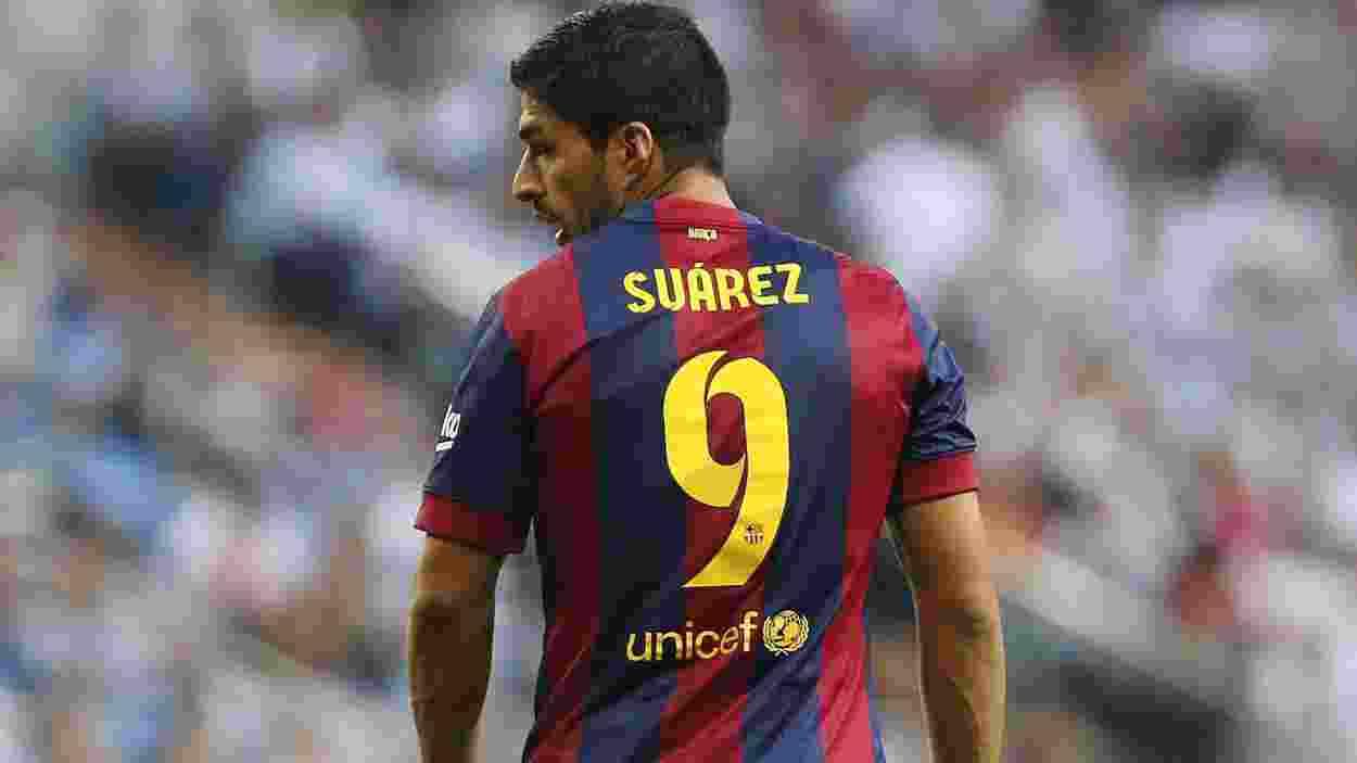 Luis Suarez Menangis Ketika Diundang Mantan Klub