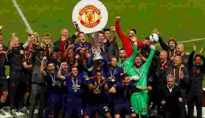 Manchester United Harus Dapatkan Striker Haus Gol
