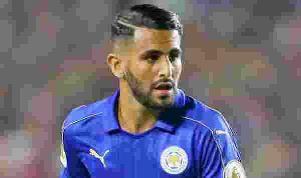Tak Kunjung Ditawar Barca, Riyad Mahrez Pilih Arsenal