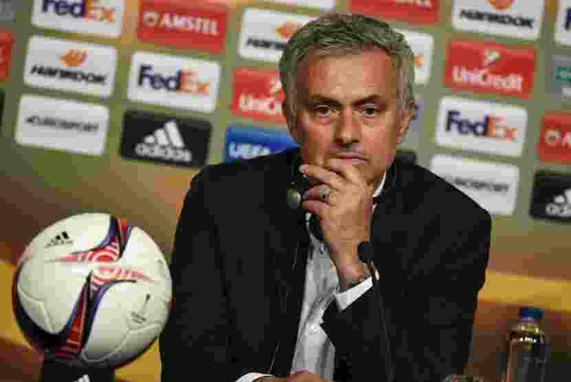 Mourinho Pesimis Klub Liga Inggris Bisa Tandingi Real Madri