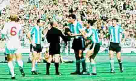 Piala Dunia, Ini Sejarah Terjadinya Rivalitas Timnas Inggris dan Argentina