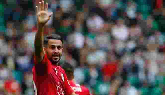 Tawaran Riyad Mahrez Dari AS Roma Ditolak Leicester City