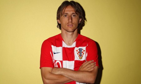 Apakah Luka Modric Putuskan Untuk Bertahan di Real Madrid
