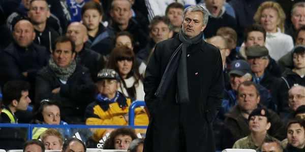 Mourinho Beri Pujian Kepada Van Gaal
