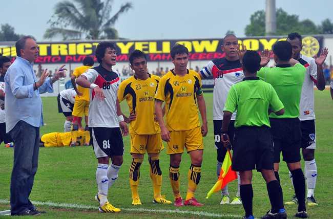 Prediksi Skor PBR vs Barito Putra 6 Juni 2014 Liga Indonesia